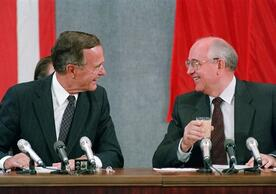 Soviet leader Mikhail Gorbachev and U.S. President George H W Bush